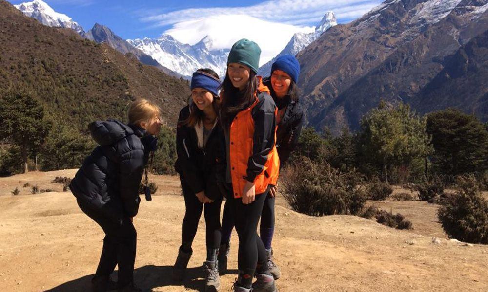 World highest Mountain Everest View: Beats beaches each day!